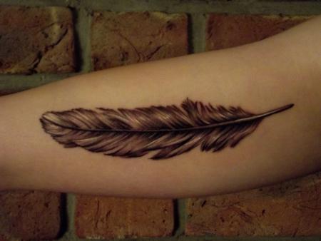 feder-Tattoo: Feder