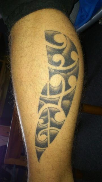 yt7 maori an der wade tattoos von tattoo. Black Bedroom Furniture Sets. Home Design Ideas