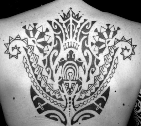 polynesischer ruecken, tahiti tattoo