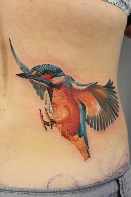 tattoos zum stichwort vogel tattoo lass. Black Bedroom Furniture Sets. Home Design Ideas