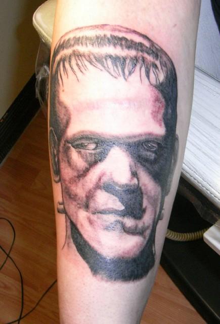stein-Tattoo: Frank n stein
