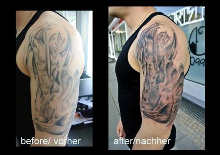 Ambition Cover Up Gut Und Böse Tattoos Von Tattoo Bewertungde