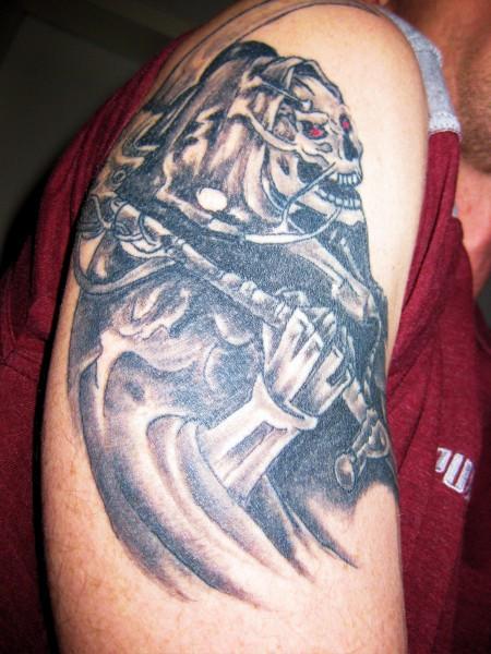 tattoos zum stichwort biomechanik tattoo lass deine tattoos bewerten. Black Bedroom Furniture Sets. Home Design Ideas
