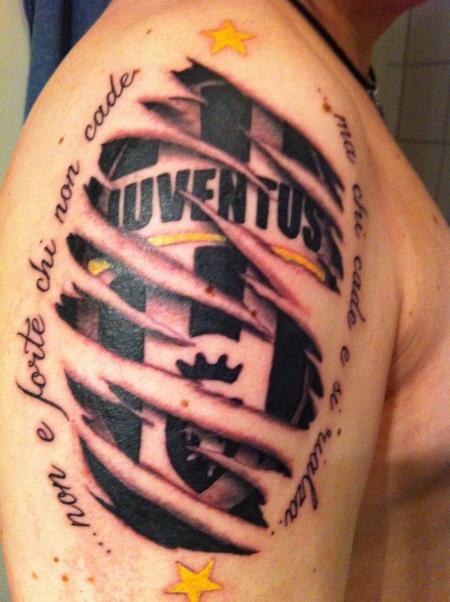 stier-Tattoo: Juventus Turin