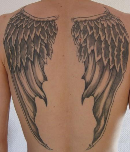 engelsflügel-Tattoo: Der Geflügelte