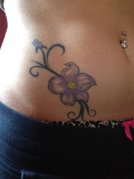 franziskaa lila blume tattoos von tattoo. Black Bedroom Furniture Sets. Home Design Ideas