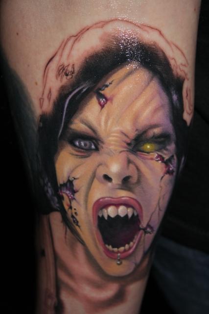 Vampirfratze, Horror, gestochen von Tibi