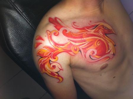 jugendstil-Tattoo: Phönix der aus der Asche kam.....