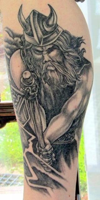 thor62 wikinger krieger tattoos von tattoo. Black Bedroom Furniture Sets. Home Design Ideas