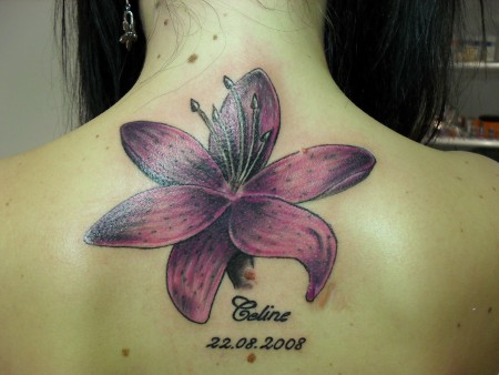 art et beaute lilie tattoos von tattoo. Black Bedroom Furniture Sets. Home Design Ideas