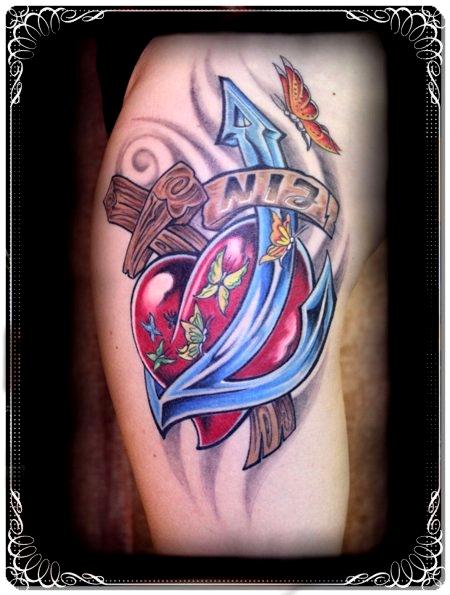drumnicki glaube liebe hoffnung tattoos von tattoo. Black Bedroom Furniture Sets. Home Design Ideas