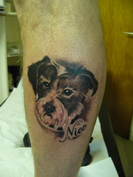 namen-Tattoo: Hund