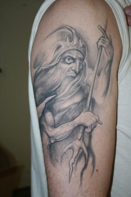 Tattoo frau sternzeichen wassermann Wassermann Tattoo