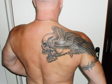 toni micha skull tattoos von tattoo. Black Bedroom Furniture Sets. Home Design Ideas