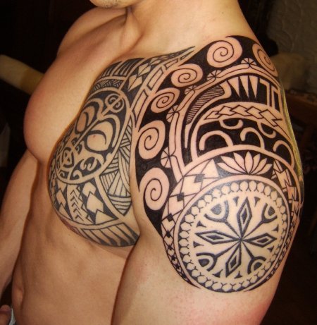 crazynaddl hier nochmal etwas seitlich tattoos von tattoo. Black Bedroom Furniture Sets. Home Design Ideas