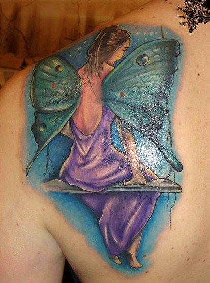 flügel-Tattoo: Märchenhaft