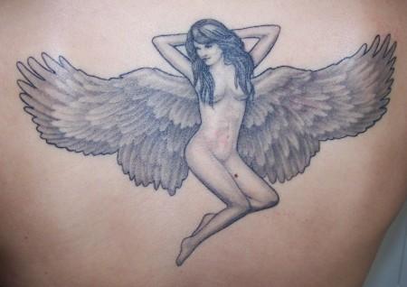 Engel überarbeitet und abgeheilt