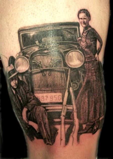 tinkerbell-Tattoo: Bonnie und Clyde Unterschenkel
