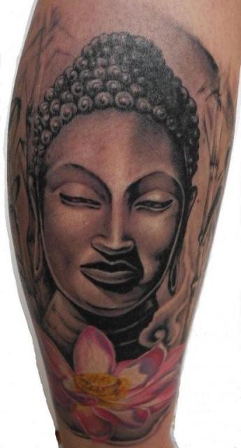 Buddha mit Lotus