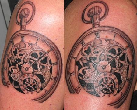 uhren-Tattoo: Uhr (Sleeve in Arbeit)