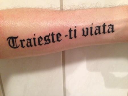 du bist sehr schön auf rumänisch