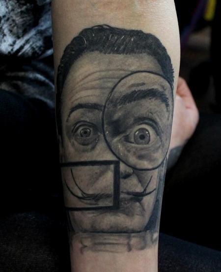 dali-Tattoo: Dali abgeheilt