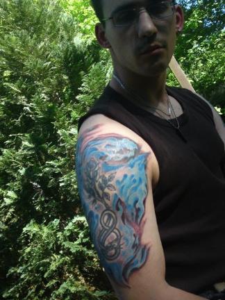 ein besonderes da es das 1 und 3 tattoo war von 2 anderen schaffern