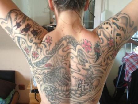 birdie33 bunter drachen r cken tattoos von tattoo. Black Bedroom Furniture Sets. Home Design Ideas
