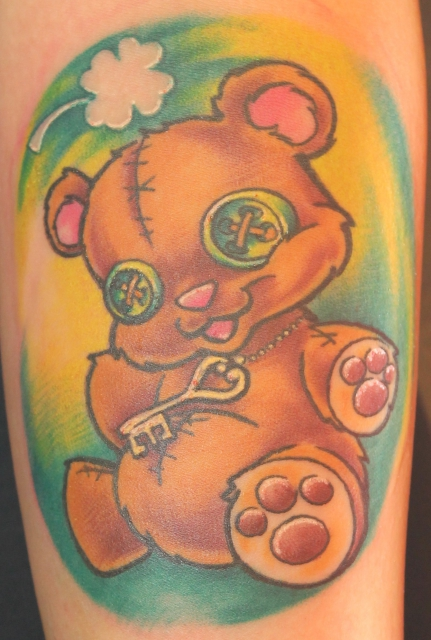 kleeblatt-Tattoo: Teddy =)