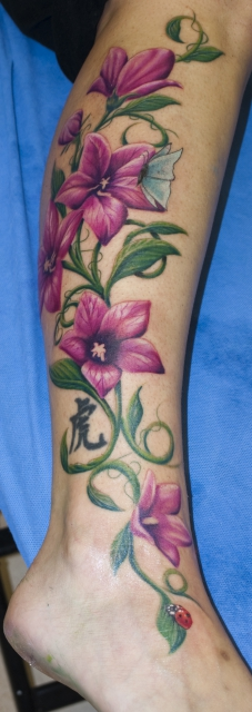 Blumen-Tattoo: Ballonblumen By SoFat