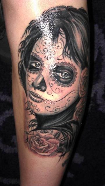 beste schwarz wei tattoos tattoo lass deine tattoos bewerten. Black Bedroom Furniture Sets. Home Design Ideas