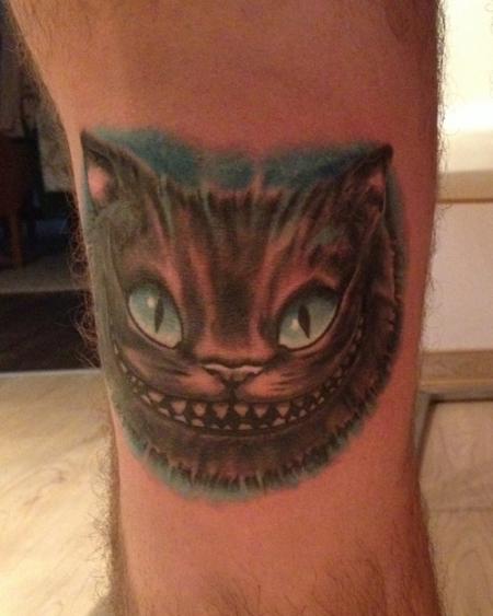 Cheshire Cat / Grinsekatze Knie