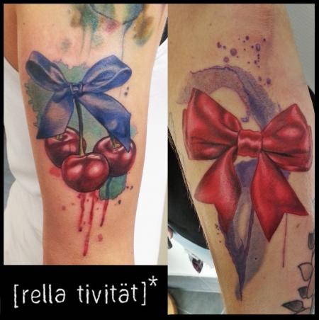 Feder-Tattoo: Girlystuff, Schleife, Kirschen, Aquarell