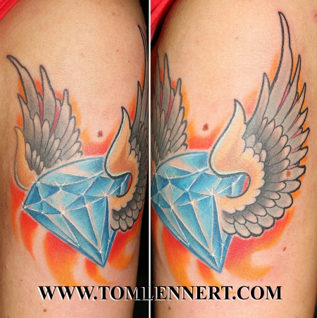 diamant-Tattoo: fliegender Diamant