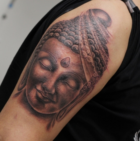buddha-Tattoo: Buddha Sleeve - First Step