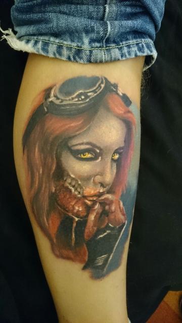 Girl like zombie