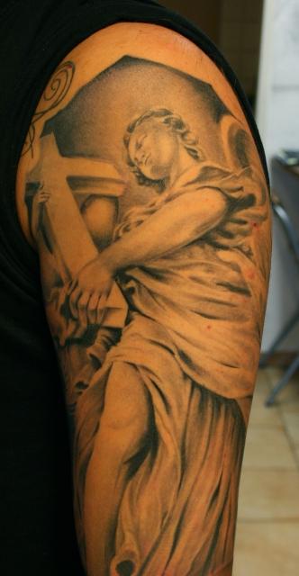 b&g sleeve, detail
