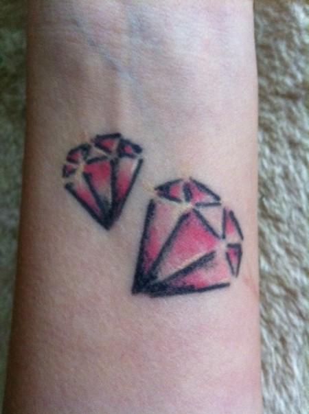 Verschönerung / Rettung Diamant Tattoo