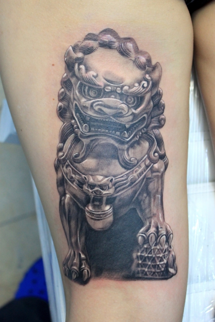 Male Foo dog , Electrographic tattoo Rosenheim