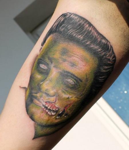 elvis-Tattoo: faulender King