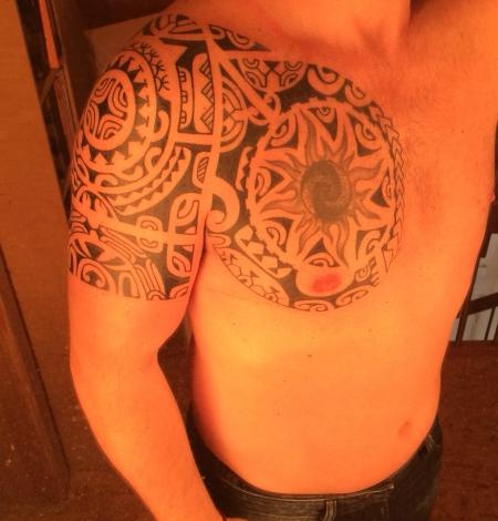 Polynesisches Tattoo von Voodoo-Croo