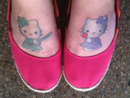 hello kitty-Tattoo: Hello Kitty - gut & böse