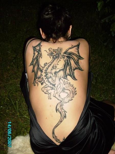 drachen-Tattoo: Mein kleiner Freund