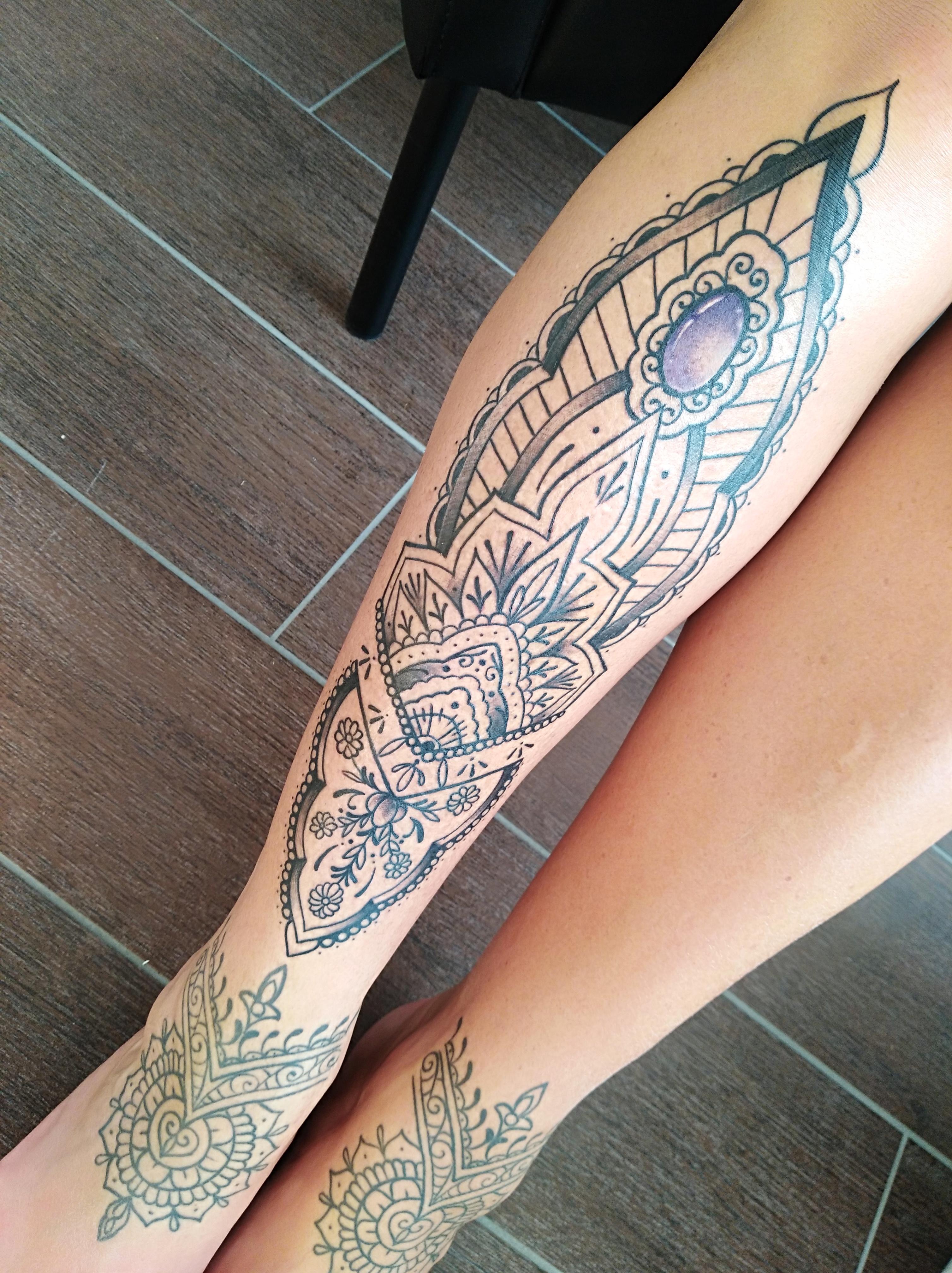 Tattoo am unterschenkel   Tattoo Vorlagen Frauen
