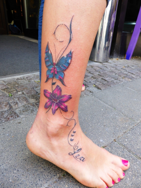 Katzenohr88: Schwert mit Flügeln | Tattoos von Tattoo-Bewertung.de