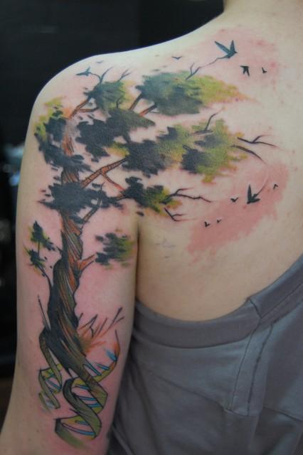 baum-Tattoo: dna baum