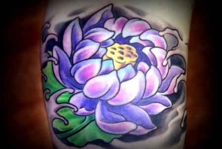 Lotusblüte im Innenarm (Foto2)