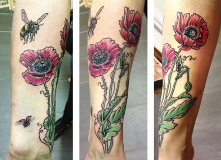 biene-Tattoo: Blumenwiese
