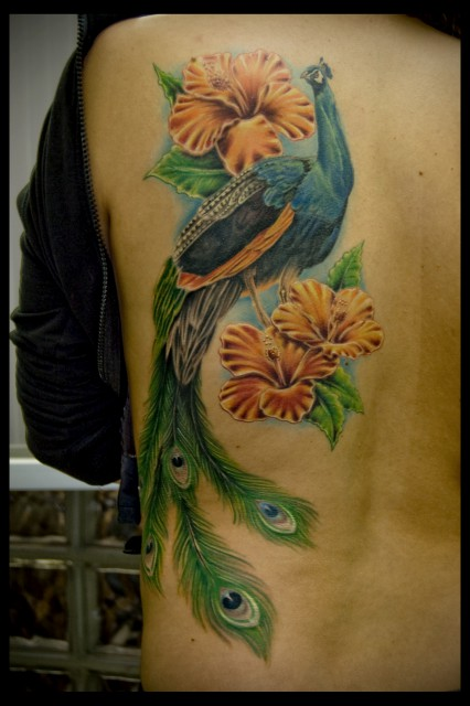 blumen-Tattoo: Pfau