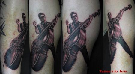 Bassist (Hintergrund kommt noch...)